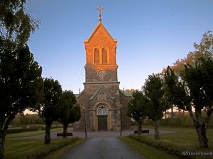 brastad-kyrka-entre_0